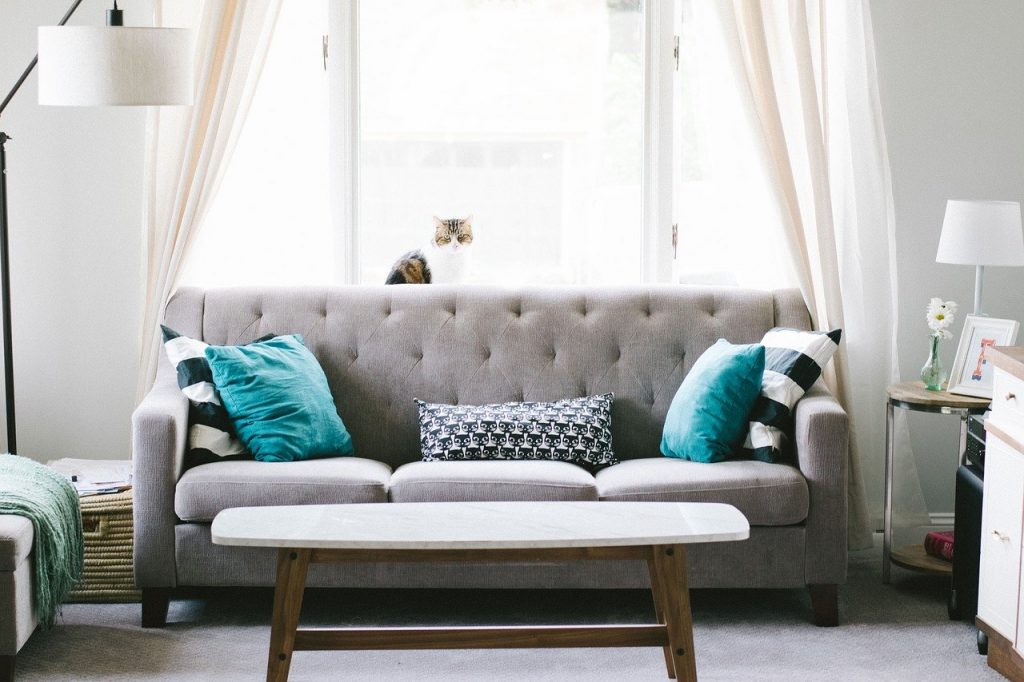 How Do I Throw Out a Couch or Sofa?